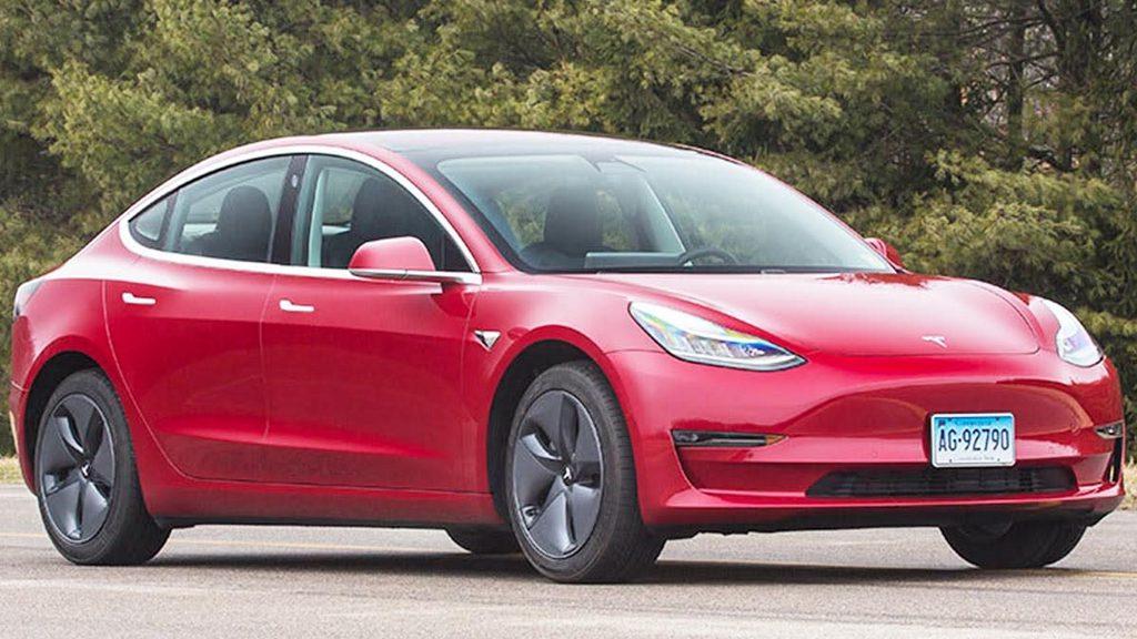 有视频!刚跟特斯拉撕逼完的媒体,直接全款买了台 Model 3 来测